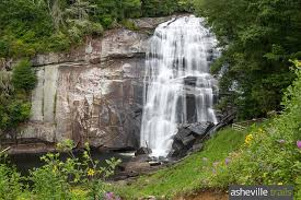 North Carolina waterfalls images Waterfalls near asheville nc our top 10 favorite hikes jpg