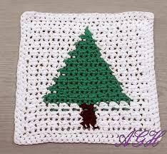 free knitting pattern christmas tree dishcloth christmas tree dishcloth free crochet pattern pinteres