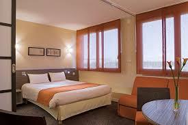 hotel lyon chambre 4 personnes mercure lyon l isle d abeau villefontaine expedia fr