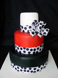 posh cakes polka dots wedding cakes the wedding specialiststhe wedding