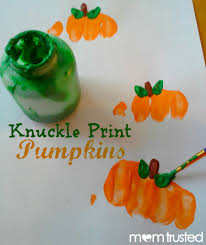 Halloween Crafts For Children by Knuckle Print Pumpkins Via Earlylearning Momtrusted Com Bloggers