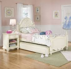 Girls White Bed by 856 Best Bedroom Images On Pinterest Children Modern Bedrooms