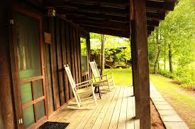 cabin porch deerwoode lodge cabins