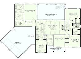 split bedroom what does split bedroom mean best split level house basement ideas
