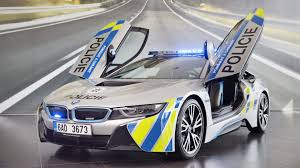 Bmw I8 911 Back - czech bmw i8 police car crashes less than a month into its service