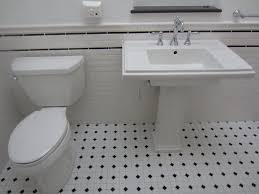 Black And White Bathrooms Ideas by Simple Black And White Bathroom Tile For Backsplash Usage Eva