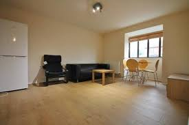 1 Bedroom Flat To Rent In Hounslow West Houses To Rent In Feltham Latest Property Onthemarket