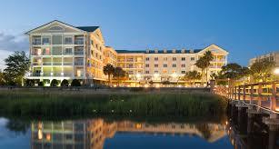 Comfort Inn Riverview Charleston Waterfront Hotel In Charleston Sc Charleston Waterfront Hotel