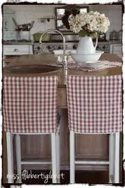 Diy Dining Room Chair Covers by How To Make Simple Slipcovers For Dining Room Chairs Holidays