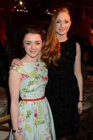 arya stark sansa stark wallpapers maisie williams arya stark and sophie turner sansa stark