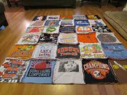 How To Make A Rag Rug From T Shirts How To Make A T Shirt Rag Quilt The Non Quilter U0027s Quilt Sweet