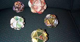 9 beautiful ornaments recycled materials tierra este 2468