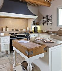 cuisine pez provençal style kitchens jc pez loriol du comtat provence