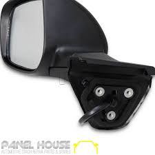 new toyota corolla hatch 09 12 left lhs door mirror auto fold with