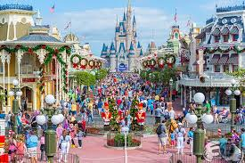 magic kingdom crowds and how to avoid them