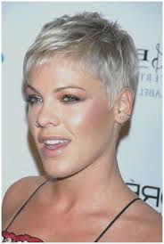 pixi haircuts for women over 50 image result for pixie haircuts for women over 50 with glasses
