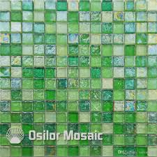 2017 green glass mosaic tile for interior house decoration