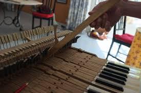 ad un piano travaux en photo julie emmanuel accordeur de pianos