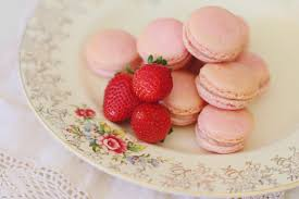 Diy The Most Delicious Strawberry Macarons In The World