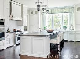 zurich white kitchen cabinets traditional white kitchen painted with sherwin williams
