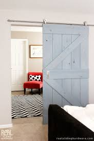 Barn Door Closet Hardware by Best 25 Barn Door For Bathroom Ideas On Pinterest Sliding Barn