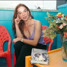 Silvia Reyes: \u0026quot;Los palos ya empezaban en jefatura\u0026quot; - silvia-reyes-los-palos-ya-empezaban-en-jefatura_detalle_articulo