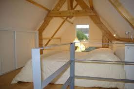 hauteur plafond chambre agréable chambre sous pente de toit 15 mezzanine id233es pour