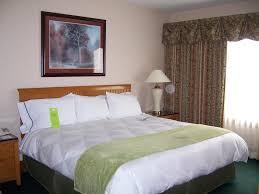 John Deere Bedroom Furniture by Hotel Radisson On John Deere Moline Il Booking Com