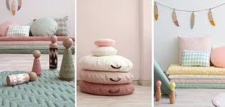 pouf chambre fille pouf chambre enfant stunning chauffeuse pouf pouf coffre jouets