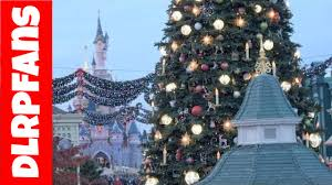christmas 2016 decorations and atmosphere at disneyland paris