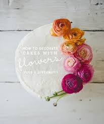 how to decorate a cake with flowers the kitchy kitchen