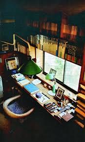 bureau d ecrivain un rêve d écrivain bureaus room and desks