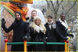 macys thanksgiving day parade streaming pentatonix sing u0027santa claus is coming to town u0027 at macy u0027s