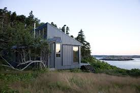 photo 74 of 101 in 101 best modern cabins from a modern dark tower