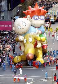 macy s thanksgiving day parade see photos through the years