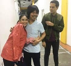sarah geronimo house pictures philippines sarah geronimo hugs kita kita lead actor in front of john lloyd