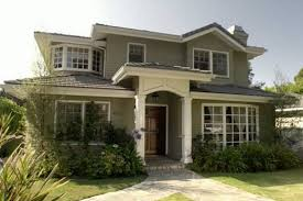 modern family dunphy house exterior paint colors phil and claire