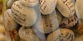 memorial rocks 40 ideas to assist a family in memorializing their loved one