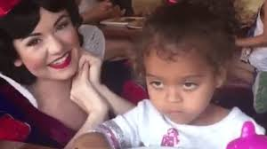 Little White Girl Meme - little girl is totally fed up with snow white s nonsense her icy