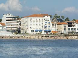 les hotels de siege cerise hotels and residences in home