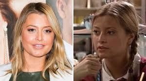 Who Is Holly Valance Holly Valance For Neighbours Return As Felicity U0027flick U0027 Scully