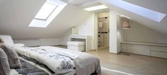 chambre dans les combles chambre sous comble images suite parentale avec salle bain dressing