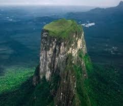 imagenes monumentos naturales de venezuela monumento natural cerro autana amazonas venelogía