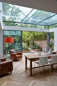 amenager une veranda extension de maison avec toit en verre en 20 idées d u0027aménagement