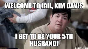 Jail Meme - people are throwing serious shade with hilarious kim davis in jail