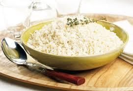 cuisiner du riz blanc cuire le riz blanc à la perfection coup de pouce