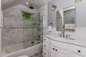Shower Head In Ceiling by Traditional Full Bathroom With High Ceiling U0026 Rain Shower Head In