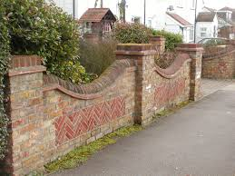 Curved Garden Wall by Brick Garden Wall Designs Garden Retaining Wall Design Ideas