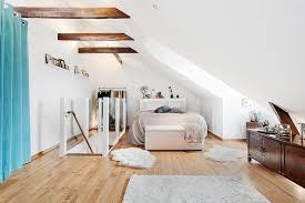 chambre dans les combles comment aménager une chambre sous les combles visitedeco