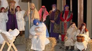 las posadas procession reenacts the story of mary and joseph
